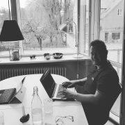 Steffen færdig med kundeservice kursus København.